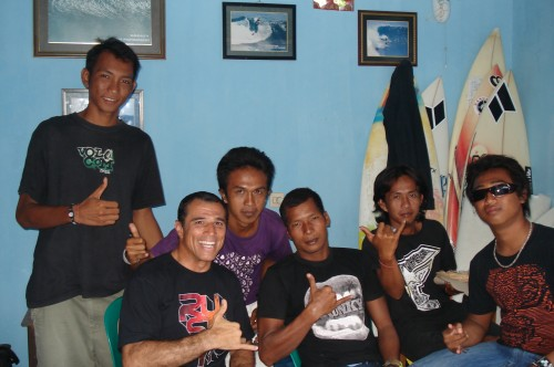 Royler with guys from the Kojek surf photography in Uluwatu.